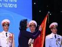 Phó Chủ tịch nước Đặng Thị Ngọc Thịnh trao Huân chương Độc lập hạng Nhì cho trường Đại học Ngân hàng Tp. HCM