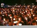 Hơn 1.800 sinh viên ĐH Ngân hàng 'Tắt đèn, bật tương lai' hưởng ứng Giờ Trái Đất