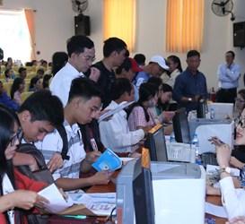 HTV9, kênh infoTV-VTVcab9, FBNC đưa tin Trường ĐH Ngân hàng Tp. HCM hoàn thành việc nhập học cho hơn 2500 Tân sinh viên