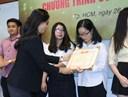 Lễ khen thưởng và trao học bổng Chương trình cử nhân Chất lượng cao