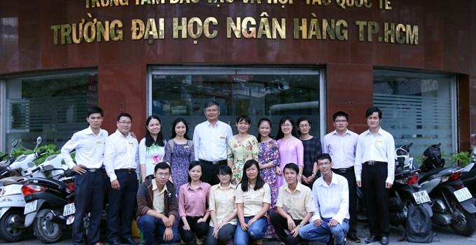 Lễ xuất quân của tuyển sinh viên ĐHNH tham dự kỳ thi Olympic Toán toàn quốc 2016