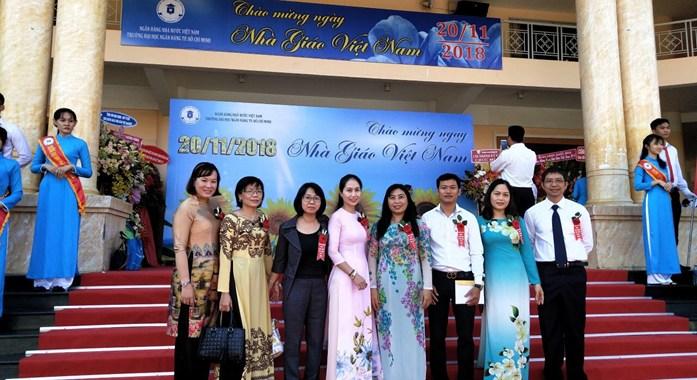 Khoa Luật kinh tế Chào mừng Ngày Nhà giáo Việt Nam 20 - 11