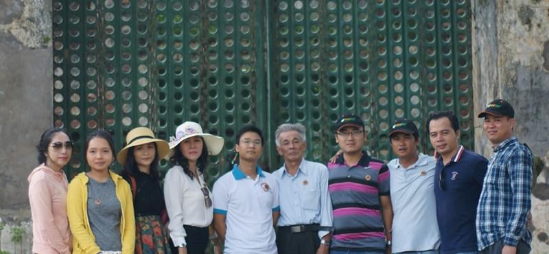 Khoa LLCT thăm Nhà tù Côn Đảo