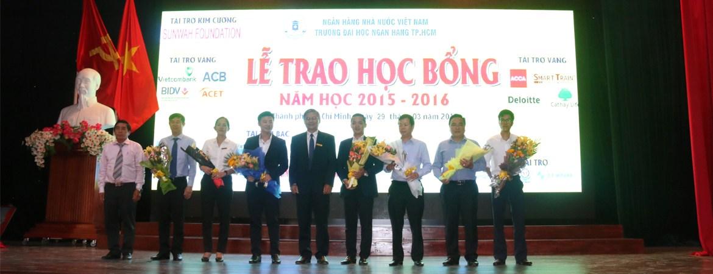 Lễ trao học bổng năm học 2015-2016