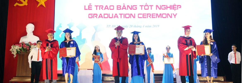 Lễ tốt nghiệp đại học, cao đẳng chính quy; đại học hệ VLVH đợt tháng 4/2019