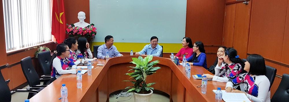 Viện NCKH&CN họp với Ban Giám hiệu