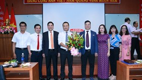 Lễ công bố tái bổ nhiệm viên chức quản lý